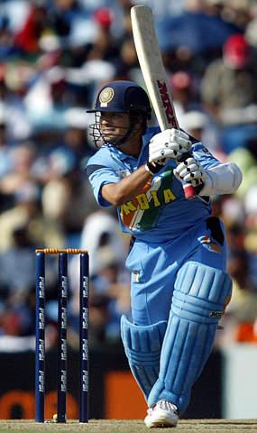Sachin Tendulkar plays a classic cover drive | Photo ... Sachin Tendulkar Cover Drive