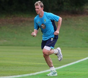 Brett Lee runs in to bowl at a practice session, Brisbane, April 22, 2010