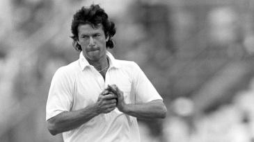 Imran Khan shines the ball