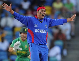 Hamid Hassan unleashes a massive appeal during his impressive spell, Afghanistan v South Africa, ICC World Twenty20, Bridgetown, May 5, 2010