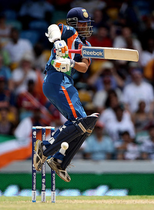 Gautam Gambhir looks uncomfortable against the short ball, Australia v India, Super Eights, ICC World Twenty20, Bridgetown, May 7, 2010