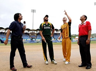 Shahid Afridi and Michael Clarke at the toss, Australia v Pakistan, 2nd semi-final, ICC World Twenty20, St Lucia, May 14, 2010