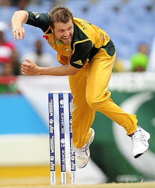 Dirk Nannes failed to get the early breakthrough, Australia v Pakistan, 2nd semi-final, ICC World Twenty20, St Lucia, May 14, 2010