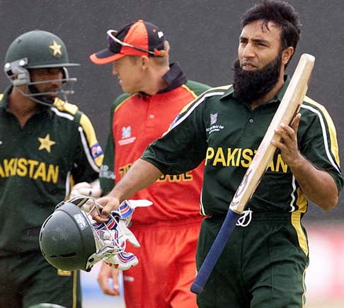 Saeed Anwar Pictures