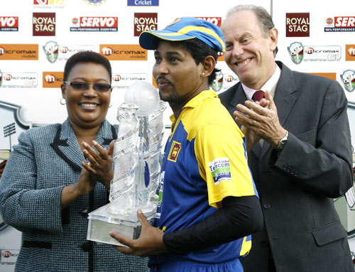 Winning captain Tillakaratne Dilshan collects the trophy