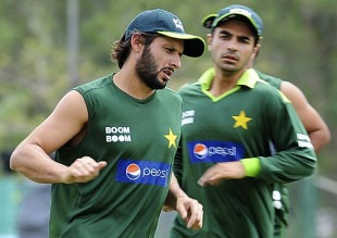 Shahid Afridi trains on the eve of the Asia Cup, Dambulla, June 14, 2010
