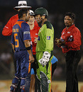 Gautam Gambhir and Kamran Akmal square off, India v Pakistan, 4th ODI, Asia Cup, Dambulla, June 19, 2010