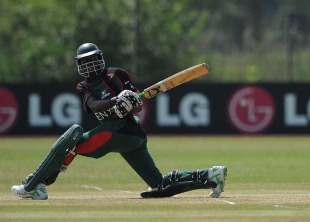 Alex Obanda top-scored for Kenya with 40, Ireland v Kenya, ICC World Cricket League Division One, Rotterdam, July 1, 2010