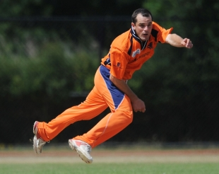 Peter Borren in his follow through after delivering a ball against Canada, Netherlands v Canada, ICC WCL Division 1, Rotterdam, July 5 2010