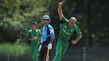 Trent Johnston took 2 for 21 in ten overs