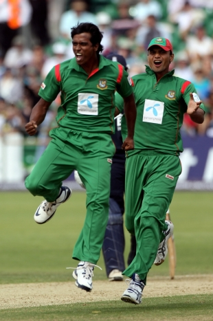 Rubel Hossain's pace removed the England openers and opened the door for Bangladesh's victory