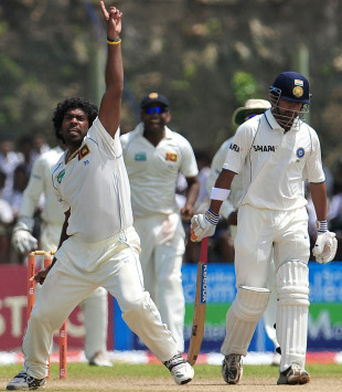Lasith Malinga picks Gautam Gambhir cheaply for the second time in the match, 1st Test, Galle, 4th day, July 21, 2010