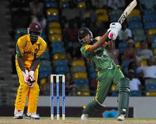Jonathan Foo smacked 24 off 10 balls, Guyana v Windward Islands, Caribbean T20, 3rd match, July 23, 2010