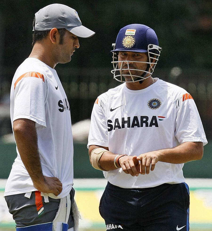 MS Dhoni and Sachin Tendulkar at a practice session