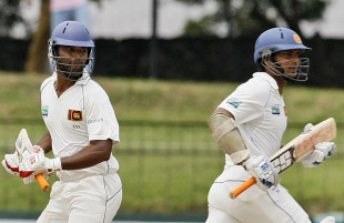 Tharanga Paranavitana and Kumar Sangakkara hit centuries to help Sri Lanka to a strong 312 for 2 on the opening day at the SSC