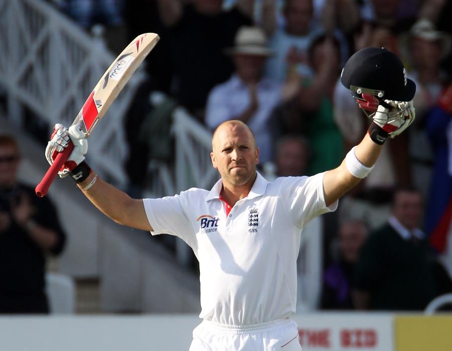 Matt Prior was elated to reach his third Test century | Photo | England v  Pakistan 2010 | ESPNcricinfo.com