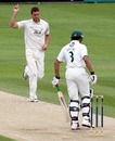 Chris Tremlett removed Vikram Solanki for duck