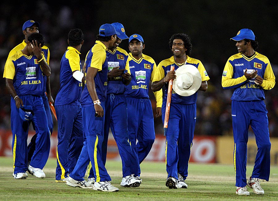 The Sri Lankan team after its win