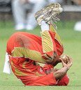 Zubin Surkari loosens up in unusual fashion, Canada v Ireland, 1st ODI, September 6, 2010