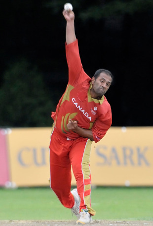 Khurram Chohan bowls during his fruitful spell, Canada v Ireland, 1st ODI, September 6, 2010