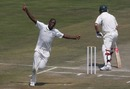 Shingirai Masakadza picked up five Ireland wickets