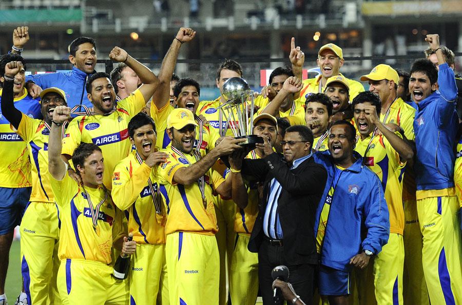MS Dhoni lifts the Champions League Twenty20 trophy