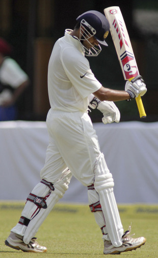 Rahul Dravid shows his disappointment after being dismissed, India v Australia, 1st Test, Mohali, 3rd day, October 3, 2010