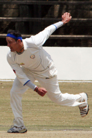 Hamid Hassan ripped through Kenya's top order to finish with five wickets, Kenya v Afghanistan, Intercontinental Cup, Nairobi, 2nd day, October 3, 2010