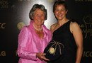 Rachel Heyhoe-Flint and Shelly Nitschke at the ICC Awards, Bangalore, October 6, 2010
