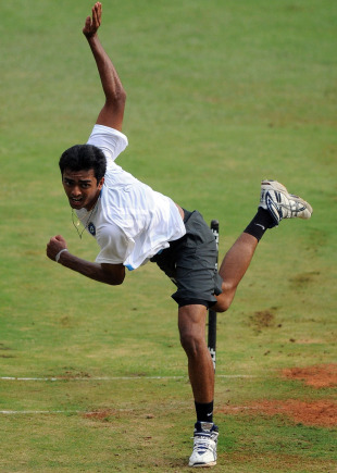 Uncapped fast bowler Jaydev Unadkat at a training session, Bangalore, October 7, 2010