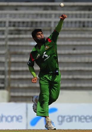 Suhrawadi Shuvo delivers the ball, Bangladesh v New Zealand, 3rd ODI, Mirpur, October 11, 2010