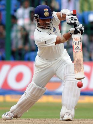 Ramachandra Guha: The joy of Sachin | Cricket ... Sachin Tendulkar Cover Drive