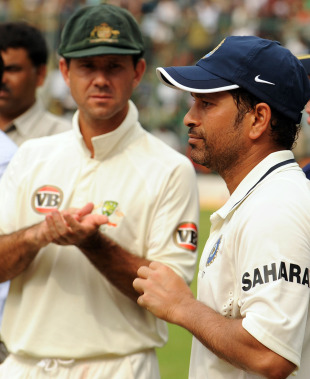 Ricky Ponting applauds as Sachin Tendulkar is adjudged Man of the Match, India v Australia, 2nd Test, Bangalore, 5th day, October 13, 2010