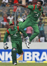 Shafiul Islam is delighted after getting Brendon McCullum, Bangladesh v New Zealand, 4th ODI, Mirpur, October 14, 2010