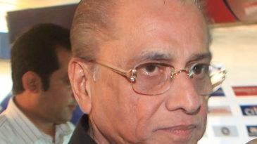 Jagmohan Dalmiya attends the BCCI's annual general meeting