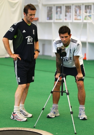 Jade Dernbach and bowling coach Kevin Shine review a video of Dernbach's bowling during an England Performance Programme training session, Loughborough, November 5 2010