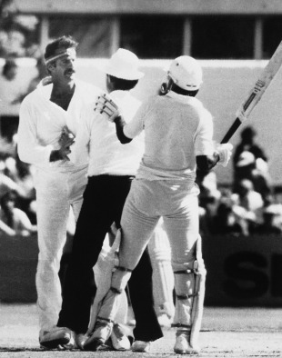 Dennis Lillee and Javed Miandad clash, Australia v Pakistan, Perth, November 17, 1981