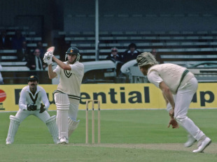 Duncan Fletcher takes a shine to Jeff Thomson
