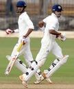 Subramaniam Badrinath and K Vasudevadas run between the wickets, Tamil Nadu v Gujarat, 4th day, Chennai, Ranji Trophy Super League 2010-11, December 18