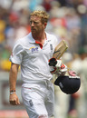 Paul Collingwood's miserable run with the bat continued when he was out hooking for 8