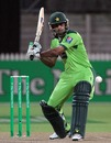 Mohammad Hafeez shapes up for the pull, New Zealand v Pakistan, 2nd Twenty20, Hamilton, December 28, 2010