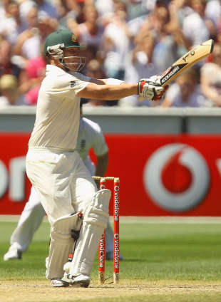 Brad Haddin delayed England's celebration with a stylish half-century, Australia v England, 4th Test, Melbourne, 4th day, December 29, 2010
