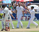 Paul Harris is thrilled after dismissing Gautam Gambhir, South Africa v India, 3rd Test, Cape Town, 3rd day, January 4, 2011