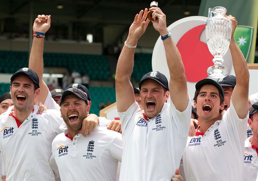 James Anderson, Matt Prior, Andrew Strauss and Alastair Cook with the replica Ashes urn
