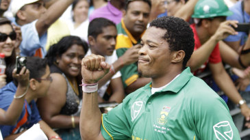 Makhaya Ntini walks on to the field for his last international game