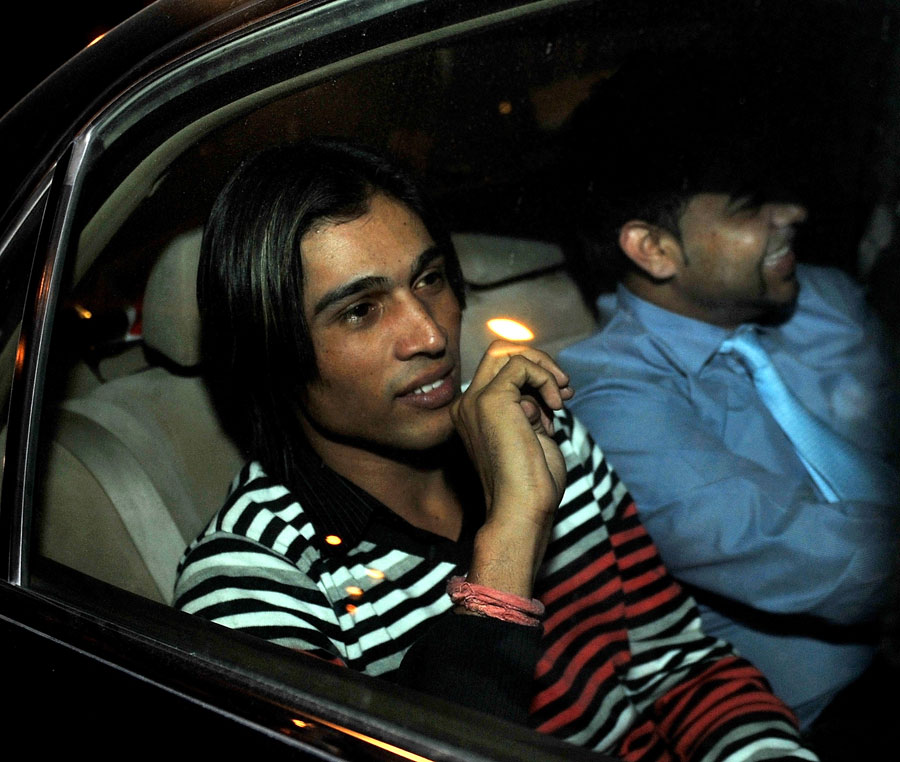 126981 - Aamir's lawyer says deferment is a 'silver lining'