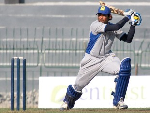 Tillakaratne Dilshan's 62 helped Basnahira make the final, Basnahira v Wayamba, SLC Inter-provisional limited-over tournament, Colombo, 23 January 2011