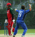 Peter Petricola removes Awal Khan after his crucial 81, Italy v Oman, WCL Division 3, Kowloon, January 25, 2011