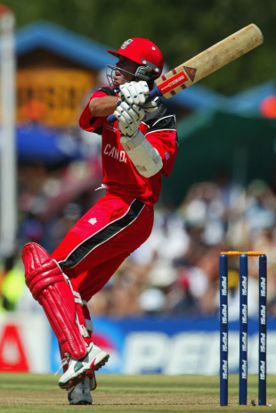 John Davison hooks on his way to a 111, Canada v West Indies, Pool B, World Cup, Centurion, February 23, 2003