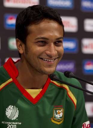 Shakib Al Hasan is all smiles at a press conference, Dhaka, February 8, 2011